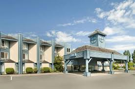 parksville hotels book travelodge parksville in parksville hotels