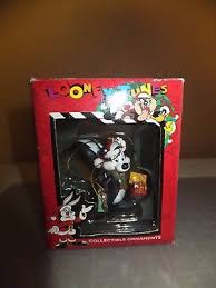 looney tunes pepe le pew ornament in original box 10 99 picclick