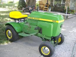 what is the best john deere 100 lawn tractor