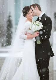 christmas wedding dresses 30 beautiful christmas wedding dresses weddmagz