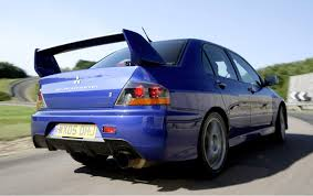evolution mitsubishi 8 mitsubishi lancer evo evo ix 2005 2008 features equipment and