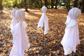 ghost pics for halloween make a circle of ghosts for halloween diy network blog made
