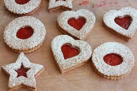 linzer kekse linzer cookies the daring gourmet