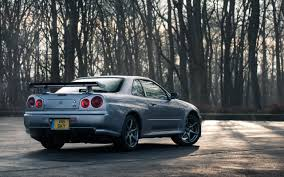 nissan r34 black nissan r34 skyline gt r vs r35 gt r downloadable image gallery part 2