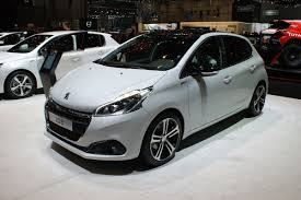 car peugeot 208 geneva debut for peugeot 208 facelift auto express