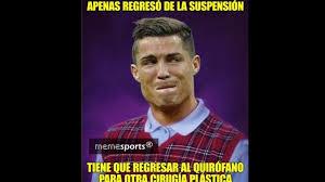 Memes De Cristiano Ronaldo - cristiano ronaldo protagonizó memes luego de mirar su herida en un