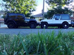 old jeep wrangler new v s old 2013 jeep wrangler sport and 1990 jeep wrangler yj