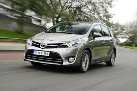 toyota verso toyota verso 1 6 d 4d 2014 road test road tests honest john