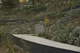 fontaine en pierre naturelle fontaine à boire d u0027extérieur en pierre en acier inox rural
