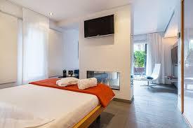 chambre suite avec hôtel avec piscine dans la chambre hôtel nm suites à platja d aro