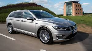 car volkswagen passat vw passat gte estate 2016 review by car magazine