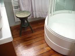 parquet pour salle de bain parquet salle de bain leroy merlin