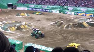 monster truck shows in indiana grave digger monster jam indianapolis 2017 youtube