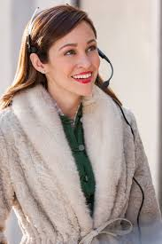 autumn reeser as emily on at the thanksgiving day parade
