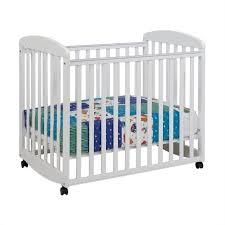 Mini Baby Crib Davinci Alpha Mini Rocking Mobile Wood Baby Crib In White M0598w