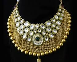 where can i buy fashion jewelry at a low cost preferably