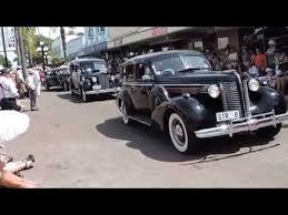 art deco weekend napier new zealand vintage car parade 19 22 02