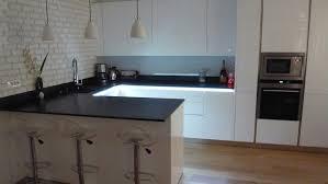 plan de travail cuisine blanc laqué plan de travail cuisine blanc laque uteyo