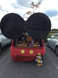 our trunk or treat car mickey mouse clubhouse kids loved it