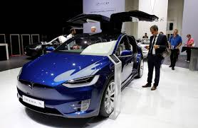 electric cars still unpopular with buyers and unprofitable for