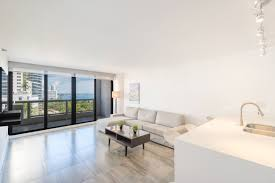 amazing apartment with dramatic bay views apartments for rent