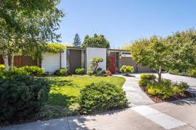 joseph eichler homes a tale of two eichlers san rafael home asks 1 4 million palo