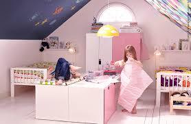 chambre stuva ikea deux mondes dans une seule chambre avec la série stuva ikea