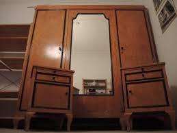 antikes schlafzimmer antikes schlafzimmer kleiderschrank bett 2x nachtschränke in