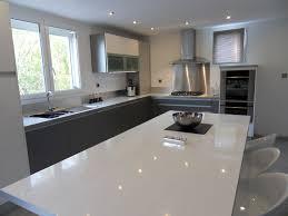 plan de travail cuisine blanc laqué plan travail blanc laqué cuisine naturelle