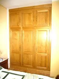 placard pour chambre les organisateurs de placard enchanteur placard de chambre en bois