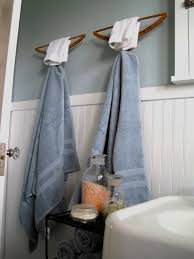 bathroom towel folding designs