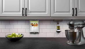 Kitchen Cabinet Lighting Battery Powered Cabinet Lights Best Battery Powered Under Cabinet Lights Kitchen
