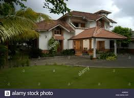 architect designed modern kerala house with traditional style