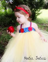 Infant Toddler Halloween Costume 25 Snow White Costume Toddler Ideas Baby