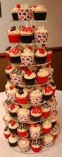 halloween cupcake stands casino theme 40th birthday cake little paper cakes vegas casino
