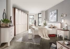 Bilder Schlafzimmer Landhausstil Schlafzimmer Komplett Im Landhausstil Modell Sloane Von Wiemann