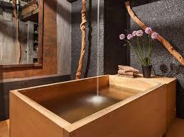 holz in badezimmer modernes badezimmer holz design mit freistehender rechteckiger