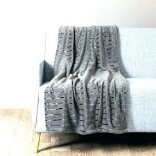 ou jeter un canapé grand plaid pour canape bevnow co