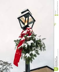 Commercial Lamp Post Christmas Decorations by Christmas Decorating Lamp Posts Ideas Christmas Decorating