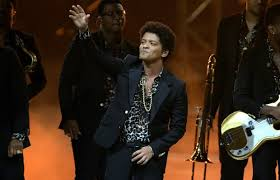 download mp3 bruno mars gorilla watch bruno mars performs gorilla for the first time at