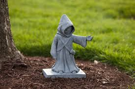 wars jawa lawn ornament exclusive thinkgeek