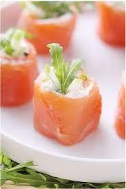canap au saumon fum et mascarpone concombre farci à la feta olives feta food and delicious food