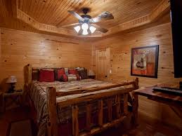 Red Oak Bedroom Furniture by Broken Bow Vacation Cabins Red Oak 2 Bedroom Accommodates Up