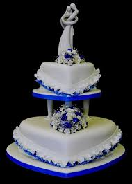heart shaped wedding cakes most wedding cakes for the square and heart shaped