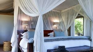 How To Decorate A Canopy Bed Home Decor And Interior Design Trends Poised To Make A Comeback