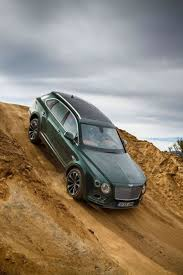bentley sports car 2016 best 25 bentley suv ideas on pinterest suv vehicles luxury