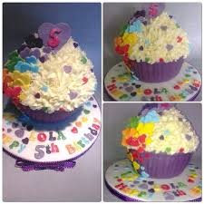 Easy Giant Cupcake Decorating Ideas The 25 Best Rainbow Giant Cupcake Ideas On Pinterest Big