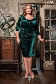 deadly dames film noir dress in emerald green velvet plus size