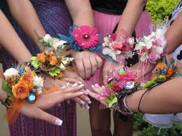 Prom Wrist Corsage Raining Blossoms Prom Dresses Make A Prom Wrist Corsage At Home