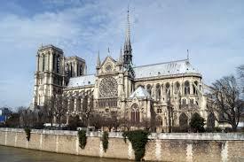 paris enthusiastical the cathedral of notre dame Ile de la cite paris